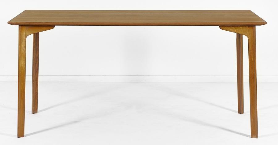 Modele Salle A Manger.Table De Salle A Manger Modele Grand Prix By Arne Jacobsen
