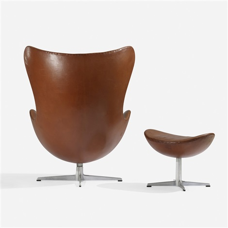 egg chair and ottoman by arne jacobsen