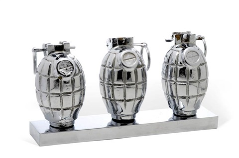 three hand grenades in 3 parts by clive barker