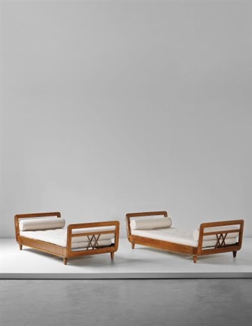 Miraculous Unique Pair Of Daybeds Designed For The Domus Alba Unemploymentrelief Wooden Chair Designs For Living Room Unemploymentrelieforg