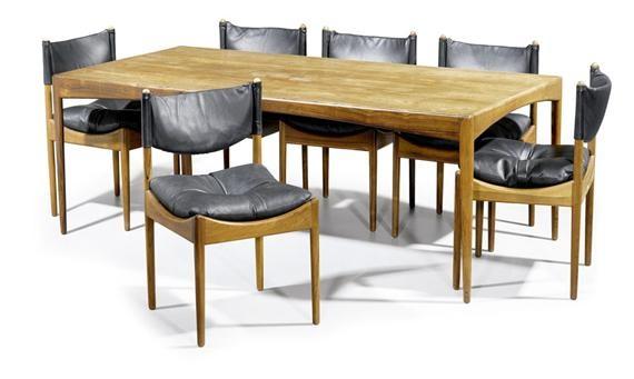 Table Et Quatre Chaises De Salle A Manger Model Modus Set Of
