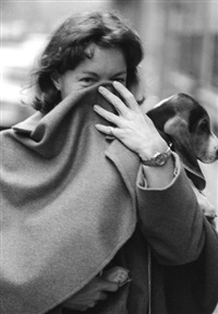 romy schneider, surprise promenant son chien by francis apesteguy