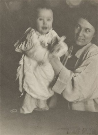 untitled study of mother and child by gertrude kasebier