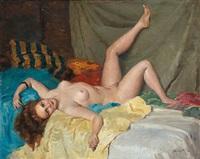 weiblicher akt am sofa by miklos (nickolas) mihalovits