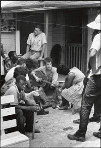 greenwood, miss. (with bob dylan) by danny lyon