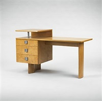 desk by pipsan saarinen swanson and eliel saarinen