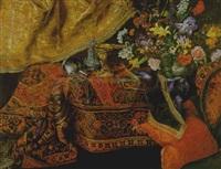 natura morta con tappeti, cuscini, tendaggi e vaso di fiori e argenteria su un tavolo by master of the carpets