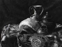 stilleben mit ziergegenstanden by r.h. ritschel