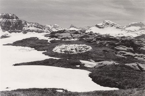 throwing snow into a circle a 7 days walk in the glärnisch massif suisse by richard long