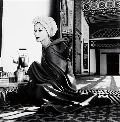 woman in palace marrakech morocco lisa fonssagrives penn by irving penn
