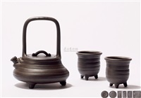 悟奇套壶 (a zisha teapot set) (set of 3) by xu weiming