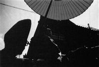 shinto-priester im festzug by erwin fieger