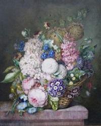 bouquet de roses, flox, liserons, primevères et ancolies sur un entablement by hortense conte