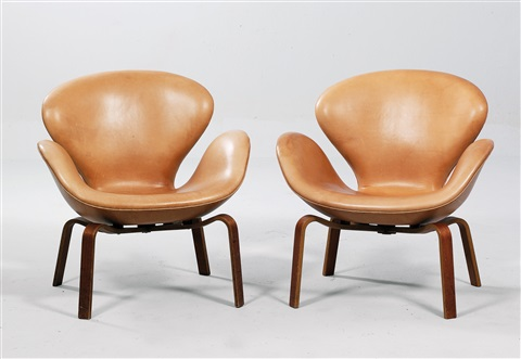 svanen chairs, mod. 4325 (pair) by arne jacobsen