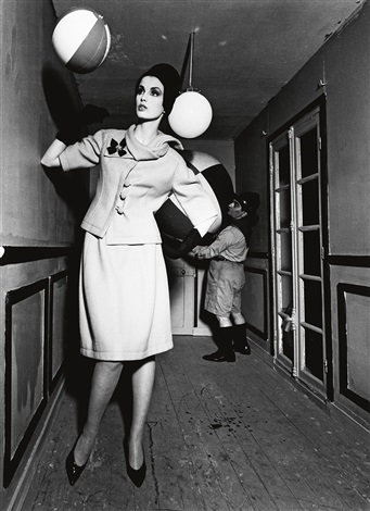 dorothy and beach ball and dwarf scout paris by william klein