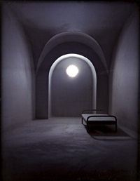 barrel vaulted room by james casebere
