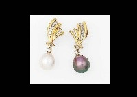 ear clips (set of 2) by mikimoto