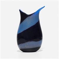 reazione polichrome vase by giulio radi
