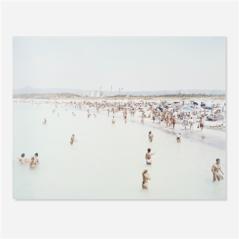 rosignano 3 women by massimo vitali