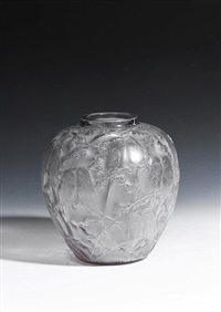 perruches vase by rené lalique