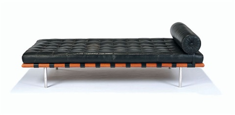 barcelona daybed by ludwig mies van der rohe