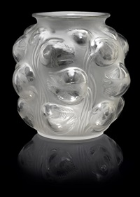 vase: tulips by rené lalique
