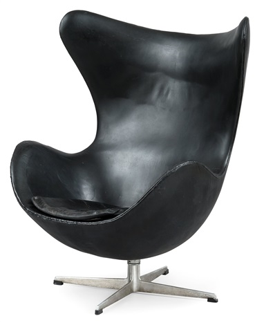 armchair by arne jacobsen