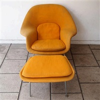 fauteuil + ottoman, woomb chair by eero saarinen