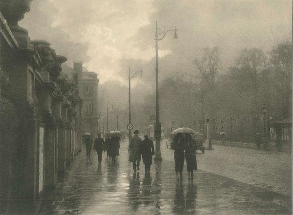 rue royale by léonard misonne