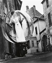 model in bubble, paris by melvin sokolsky