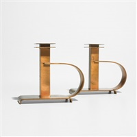 dee handle candlesticks (pair) (model 21006) by albert reimann