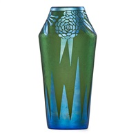 fine vase with flowers by steuben glass