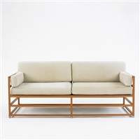linear sofa from windsor i, vero beach, florida by hugh newell jacobsen