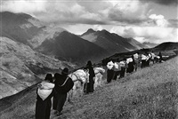 chimborazo, ecuador (taking goods to market) by sebastião salgado