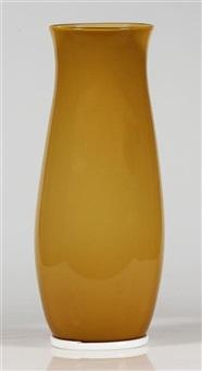 grande vaso in vetro velato su base in lattimo by tomaso buzzi