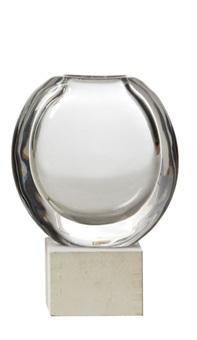 vase by goran warff
