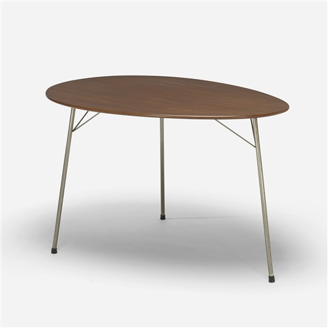 ant dining table, model 3603 by arne jacobsen