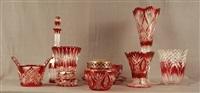 lot se composant de vases, carafe, pique-fleurs, plateaux en cristal clair doublé rubis (set of 9) by val saint-lambert