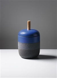 lidded pot, model no. 191-b (from the ceramiche di lava series) by ettore sottsass