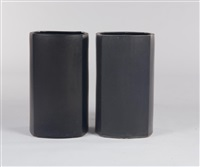 pair of black pots (model av-22) by marilyn kay austin
