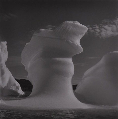 iceberg greenland by lynn davis