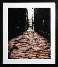 alley by spencer tunick