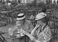 two women in rome by ruth orkin