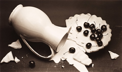 the fallen pitcher by irving penn