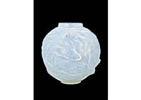 vase: formose by rené lalique