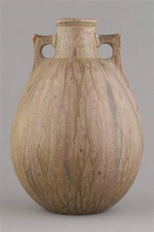 vase by aubry