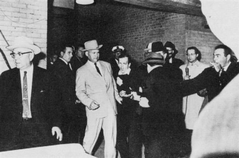 the shooting of lee harvey oswald by robert h bob jackson