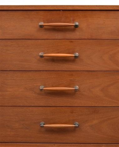 Pair of Heritage Henredon Dressers by Henredon on artnet