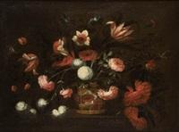 cesto de flores sobre un basamento by josé de arellano