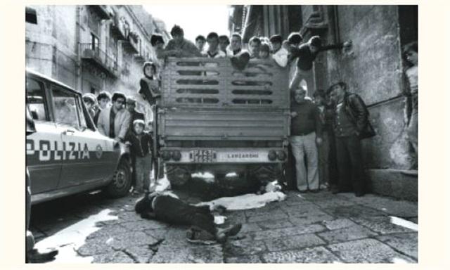 triple assassinat dans le quartier vucciria palerme sicile by franco zecchin